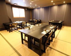 五竜の間:テーブル