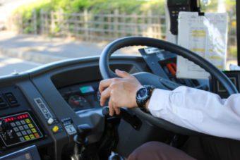 法事での無料送迎バスはとっても便利
